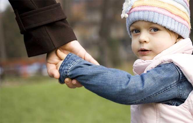 Виды и порядок оформления выплат для приемных семей